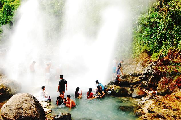 Info Wisata Jawa Barat Sungai Air Terjun Panas Cipanas Cisolok
