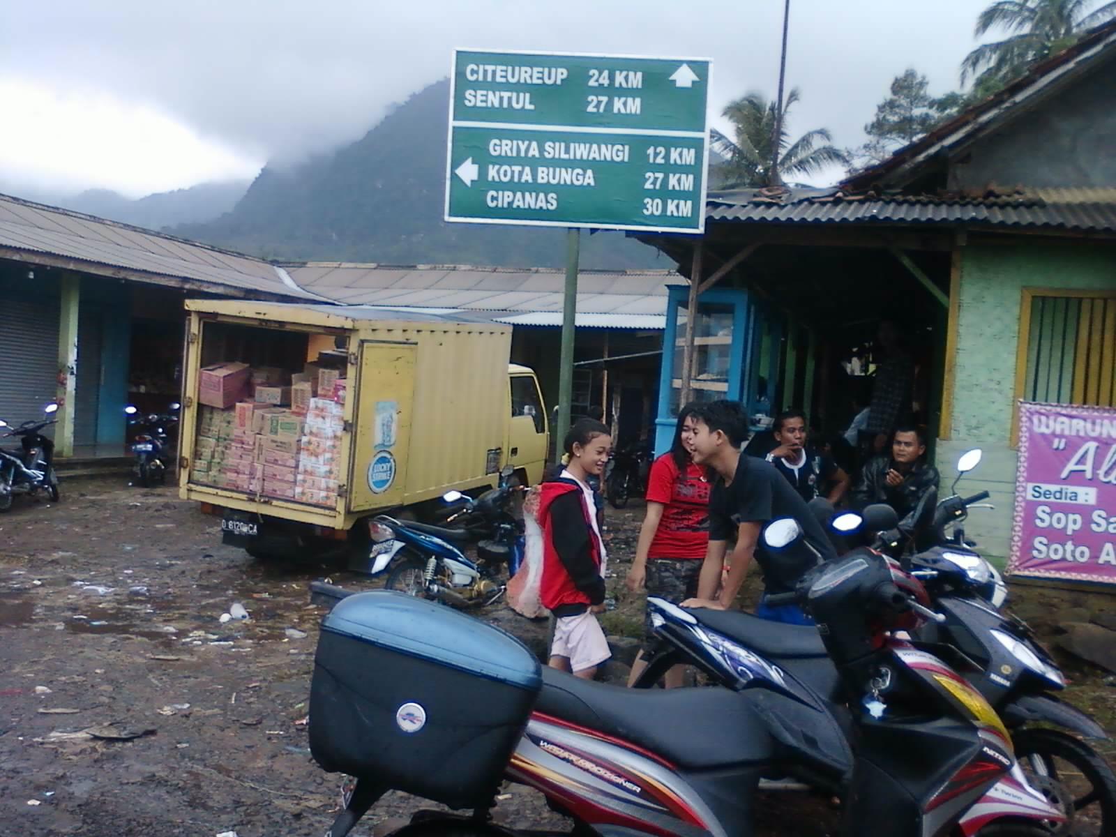 Puncak Kedua Bogor Journey Spacy Merah Silver Mercy 10menit Pertigaan