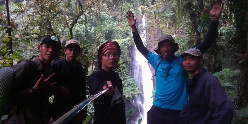 Tempat Wisata Air Bogor Sungai Cidurian Tubing Halimun Adventure Journey