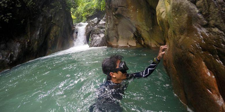 Wisata Menyelam Air Terjun Keren Bogor Kompas Freediving Leuwi Hejo
