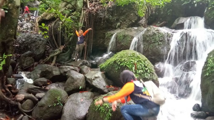 Wisata Trekking Air Terjun Sarasa Tanre Soppeng Tribun Timur Petualangan
