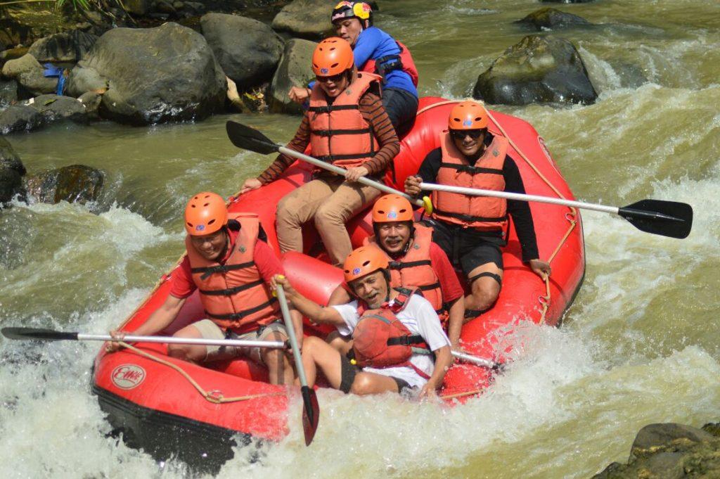 Arung Jeram Cisadane Fitrek Rafting Sungai Kab Bogor