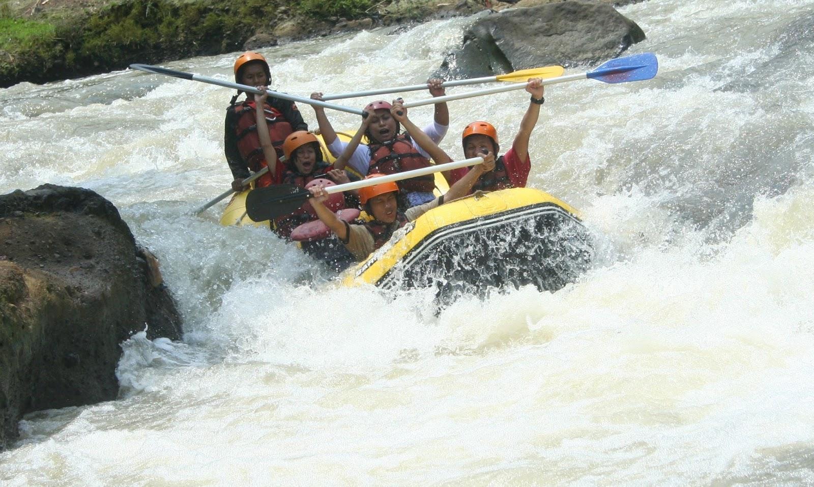 Arung Jeram Cisadane Murah Rafting Sungai Kab Bogor