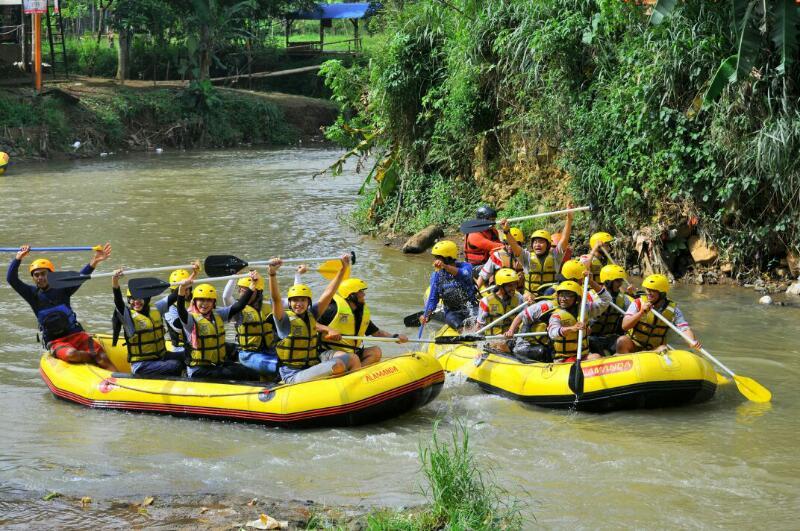 Bisnis Rafting Marak Sungai Cisadane Pemkab Bogor Diam Media Kab