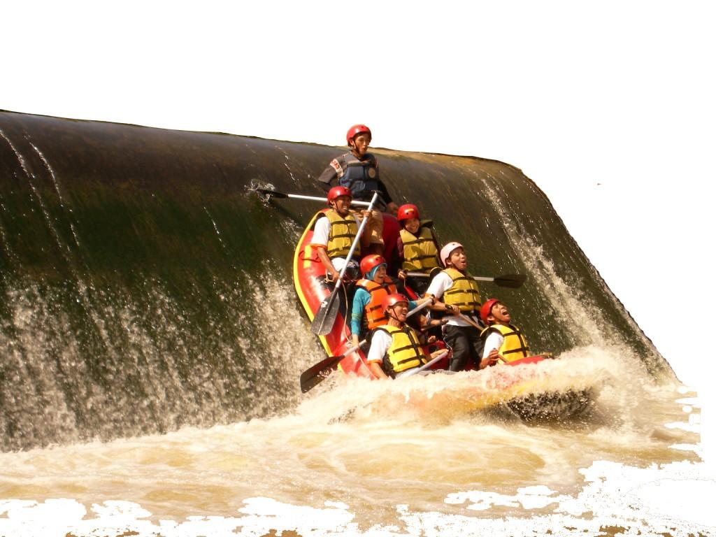 Menantang Adrenalin Rafting Bogor Hayukabogor Salah Satu Kota Terkenal Jawa