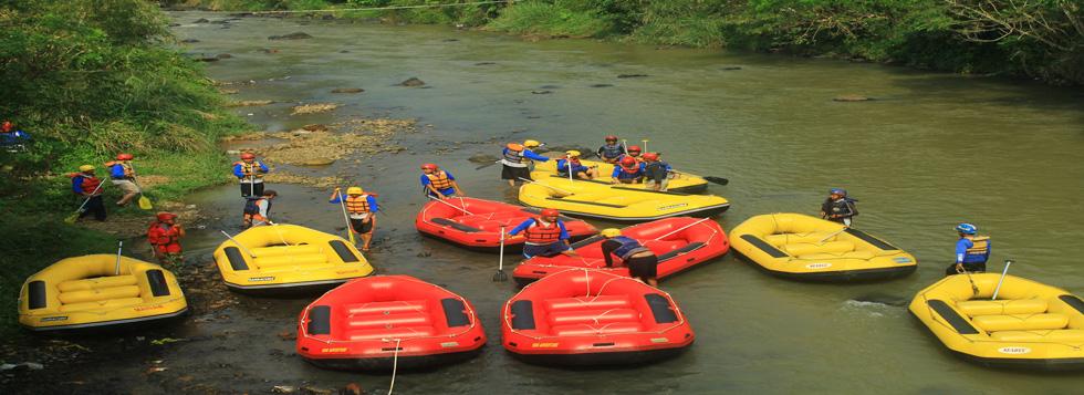 Outbound Bogor Puncak Training Team Building Paket Arung Jeram Rafting