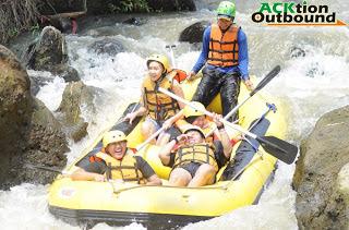 Paket Rafting Bogor Arung Jeram Cisadane Sungai Kab