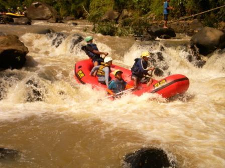 Paket Rafting Cisadane Foto Start Sungai Kab Bogor