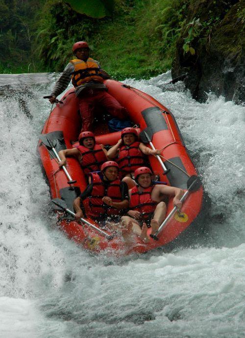 Paket Rafting Cisadane Murah Raftingmurah Sungai Kab Bogor