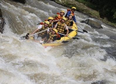 Paket Rafting Murah Cisadane Bogor Sungai Kab