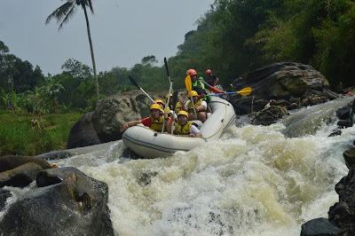Rafting Bogor Cisadane Caringin Maseng Kabupaten Jawa Barat 0813 10406966