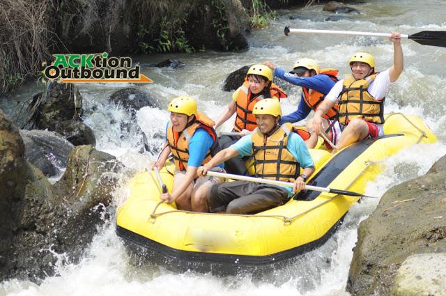 Rafting Cisadane Bogor Arung Jeram Paket Sungai Kab