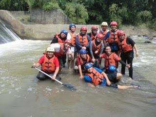 Rafting Sungai Cisadane Totem Organizer Arung Jeram Kabupaten Bogor Kab