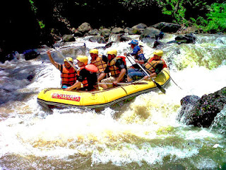 Serunya Rafting Sungai Cisadane Bogor Murah Fun Sentul Kab