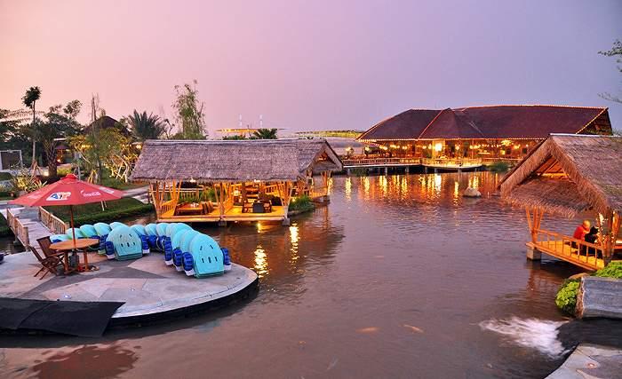 Tempat Makan Romantis Bogor Pas Pengantin Rumah Air Nirwana Residence