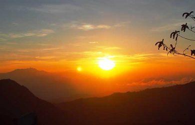 Gunung Pancar Bogor Spot Melihat Sunrise Luar Biasa Keren Wisata