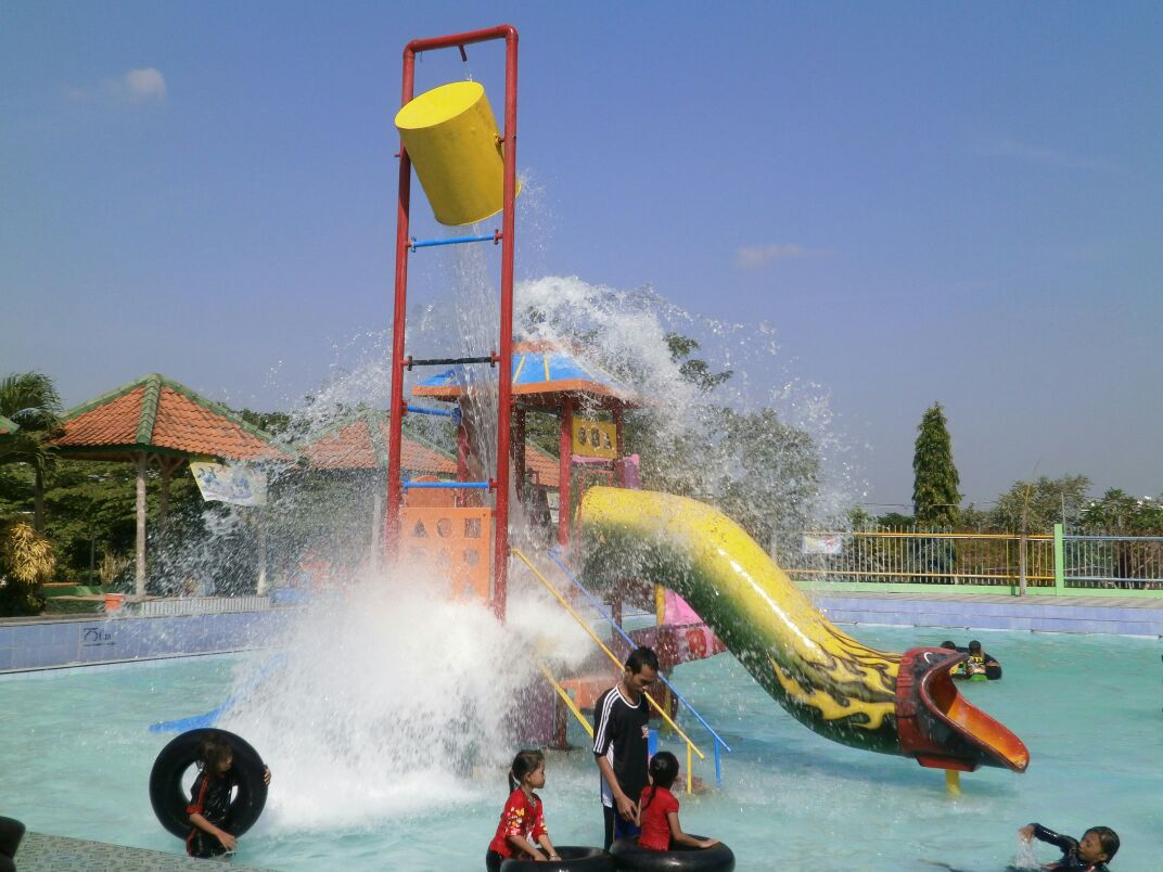 Bojonegoro Wisata Taman Sariyo Waterboom Jonegoro Komple Hiburan Gofun Kab