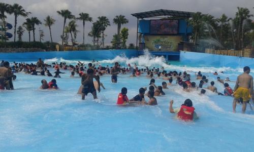Fun Bojonegoro Theme Park Isinya Beritajatim Lokasi Wisata Gelombang Tsunami