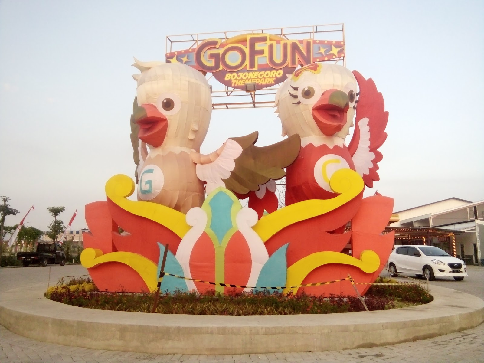 Jalan Gofun Bojonegoro Theme Park Destinasi Wisata Wahana Maskot Fun