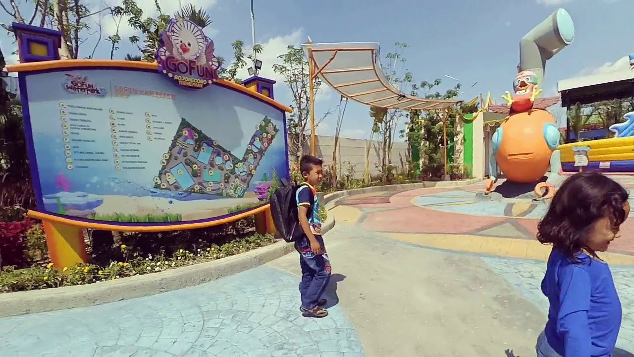 Wahana Fun Waterpark Bojonegoro Youtube Taman Air Gofun Kab