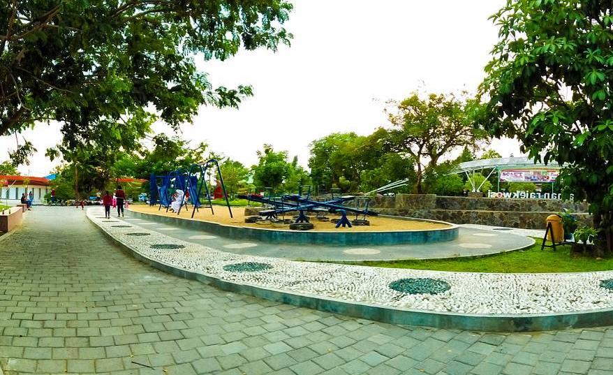 18 Tempat Destinasi Wisata Hits Bojonegoro Pesonanya Luar Keluarga Taman