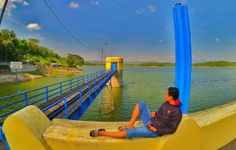 18 Tempat Destinasi Wisata Hits Bojonegoro Pesonanya Luar Biasa Wana