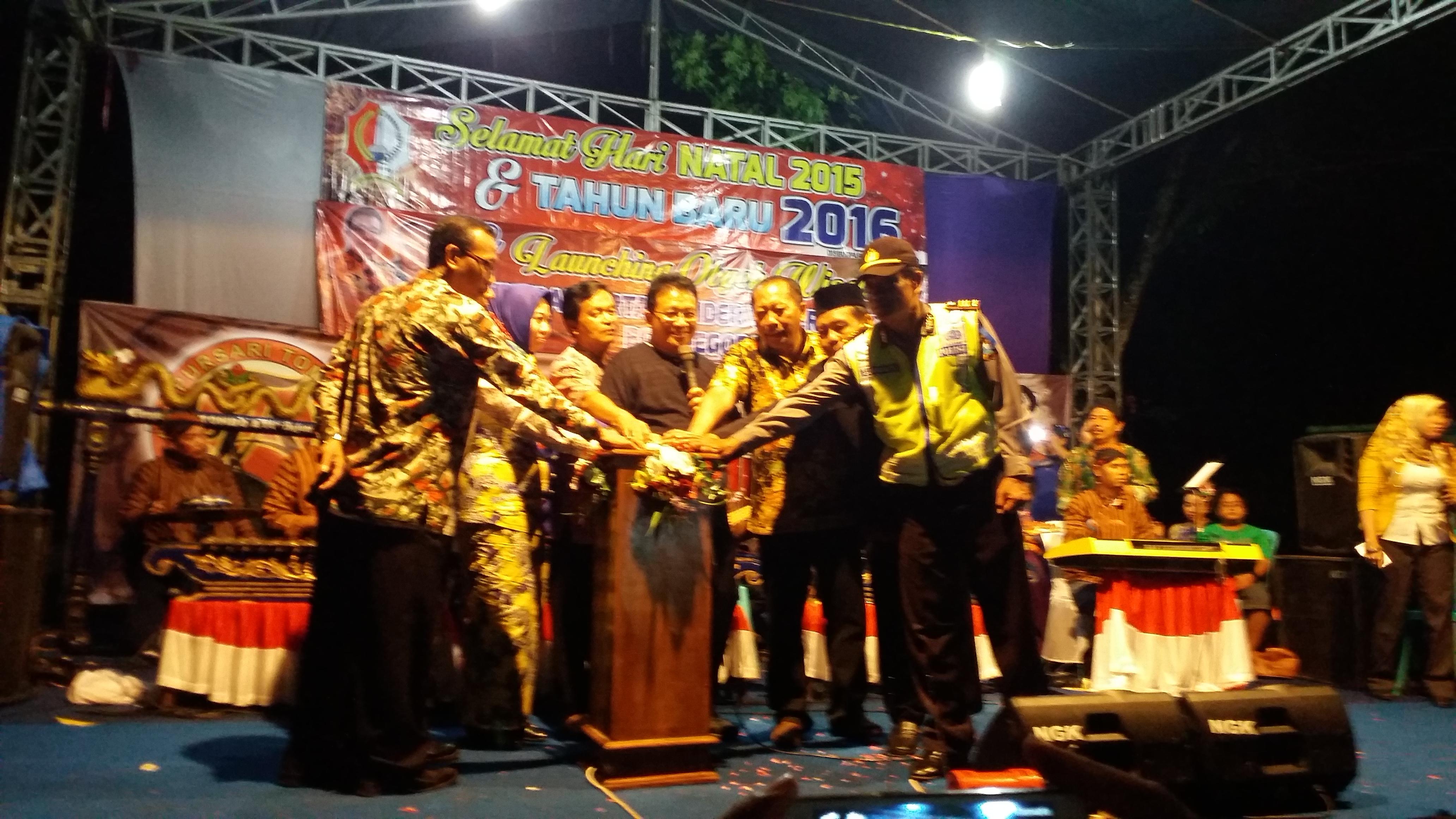 Pemerintah Kabupaten Bojonegoro Bupati Wakil Bakal Merayakan Puncak Pergantian 2015