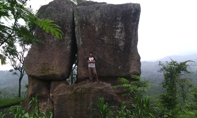 6 Situs Pra Sejarah Bondowoso Layak Dijelajahi Beto Labeng Batu