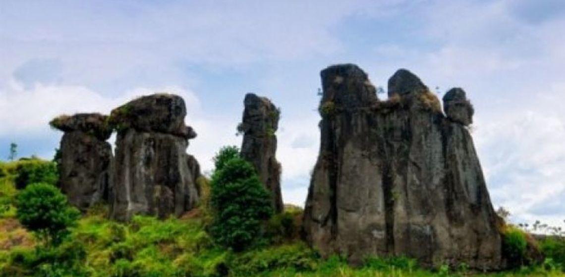 Istimewa Batu Solor Bondowoso Serupa Stonehenge Inggris Ulinulin Tak Perlu