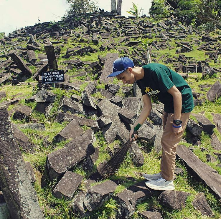 Megalitikum Indonesia Instagram Photos Videos Bio Pintaram Megalitik Batu Jabrik