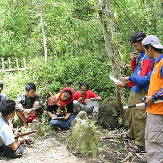 Tag Megalitikum Instagram Pictures Gramrix Ekspedisi Penelusuran Situs Lereng Hyang