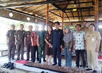 Bupati Amin Promosi Desa Wisata Organik Harian Bhirawa Online Husni