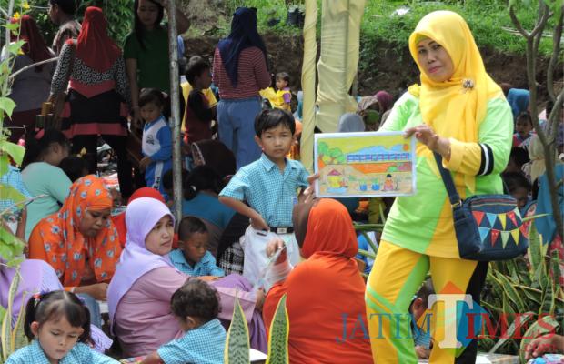 Lomba Mewarnai Hiasi Peresmian Kampung Wisata Organik Jatim Times Siswa