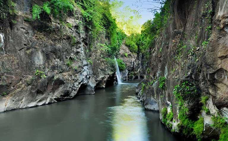 Wisata Kota Bondowoso Pulau Jawa Timur Kecamatan Krocok Kabupaten Akses