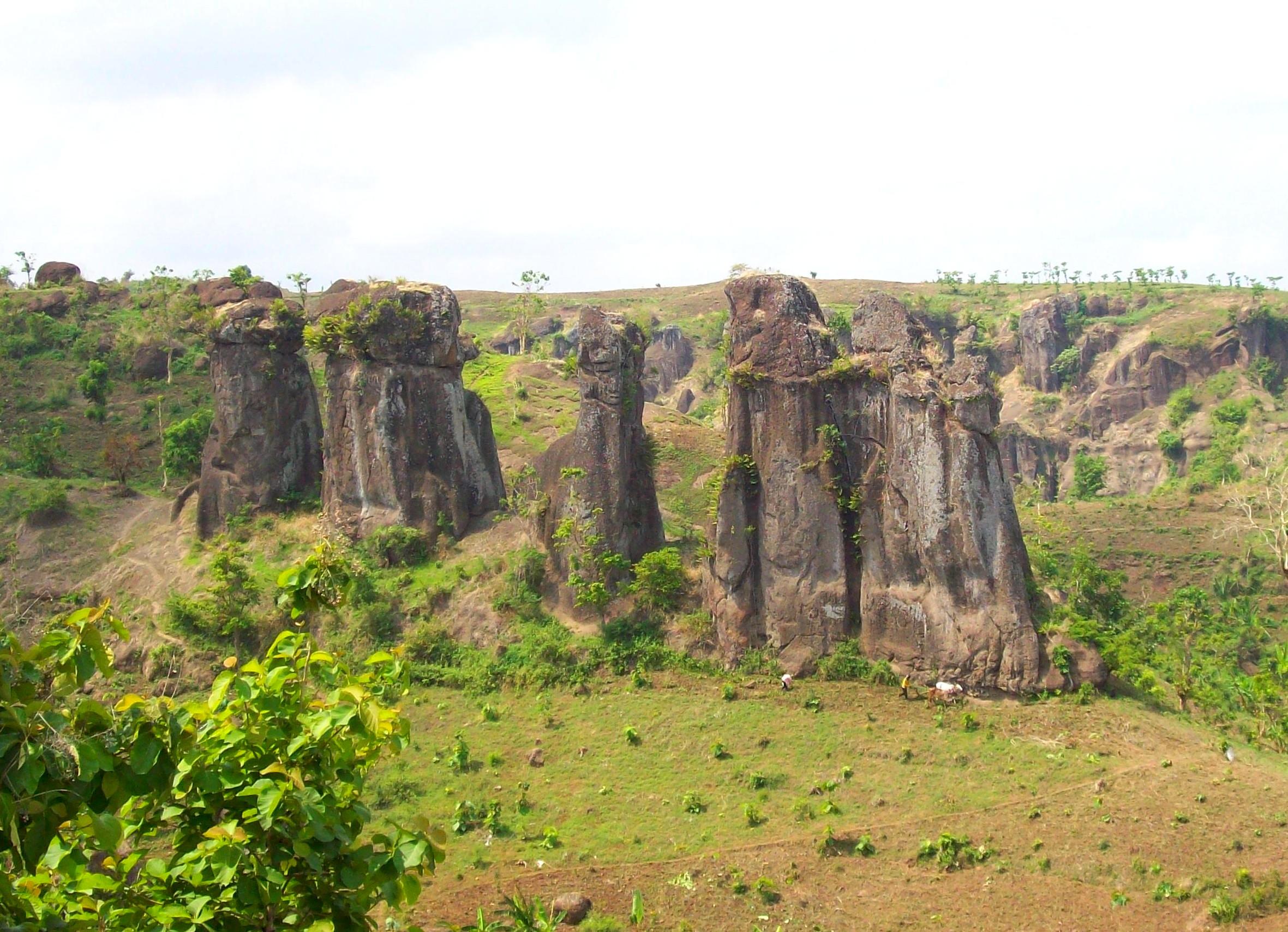 Bondowoso Kota Tape Hampir Terlupakan Zona Megalith Solor Landscape Pemandian