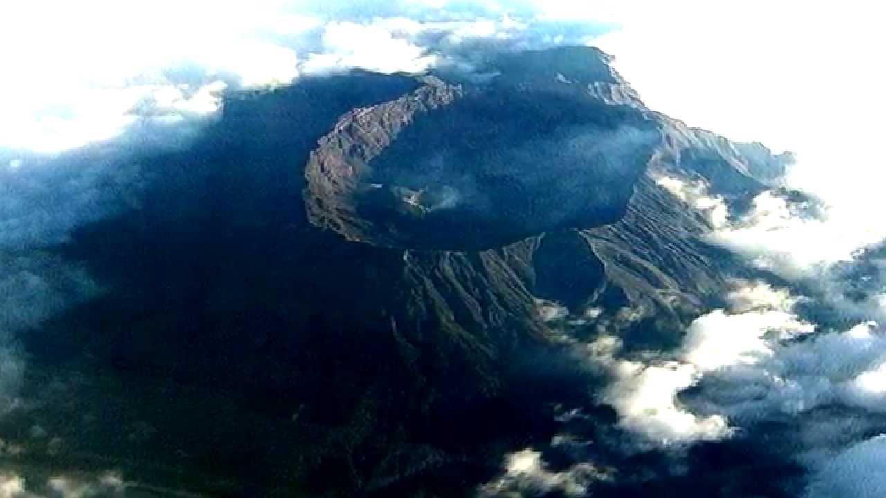 Destinasi Wisata Bondowoso Jawa Timur Membuatmu Ketagihan Gunung Raung Pemandian