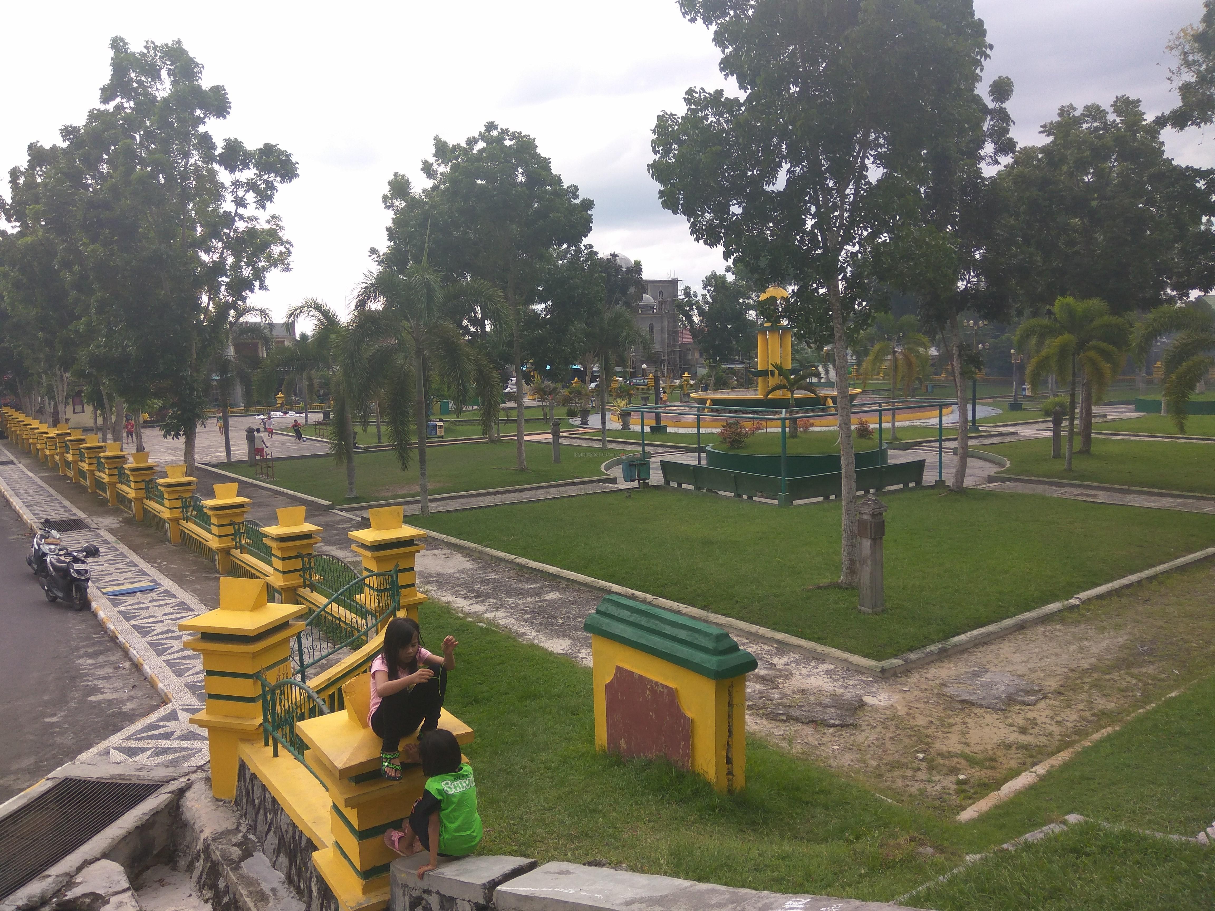 Gratis 60 Lapak Pasar Ramadan Pindah Lapangan Tugu Tampak Lokasi