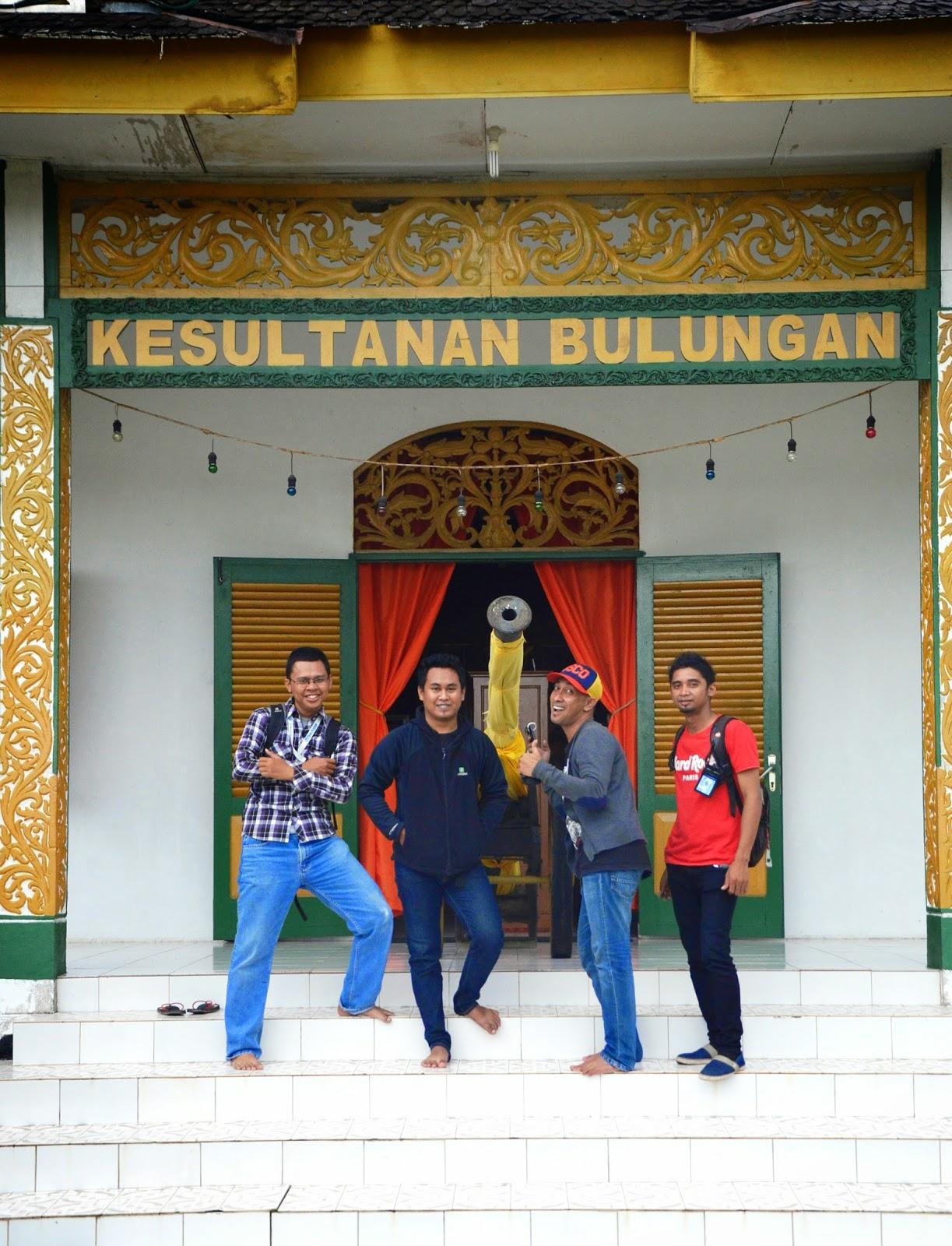 Jongfajar Kelana Singgah Istana Sultan Bulungan Usai Berhasil Menyeberangi Sungai