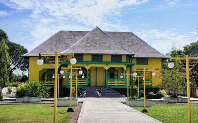 Maret 2014 Springocean83 Keraton Sambaliung Istana Kabupaten Berau Provinsi Kalimantan