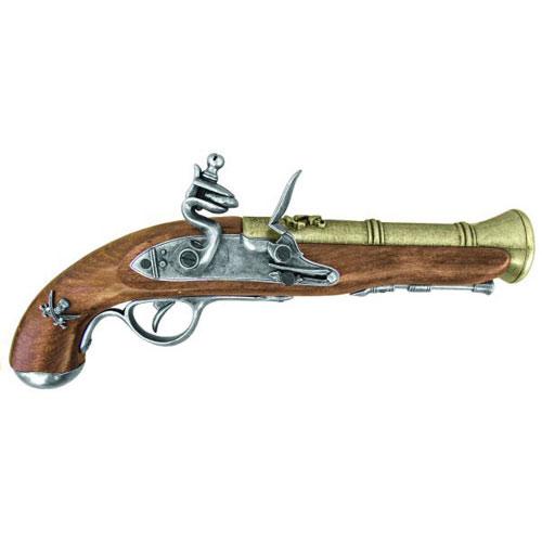 Koleksi Museum Kesultanan Bulungan General Pistol Zarkasyi Bebicara Mengenai Nampaknya