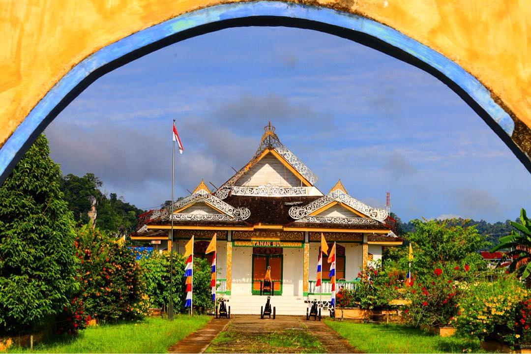 Melihat Jejak Kerajaan Bulungan Museum Kesultanan Foto Ruangfoto Kabupaten Sebelumnya