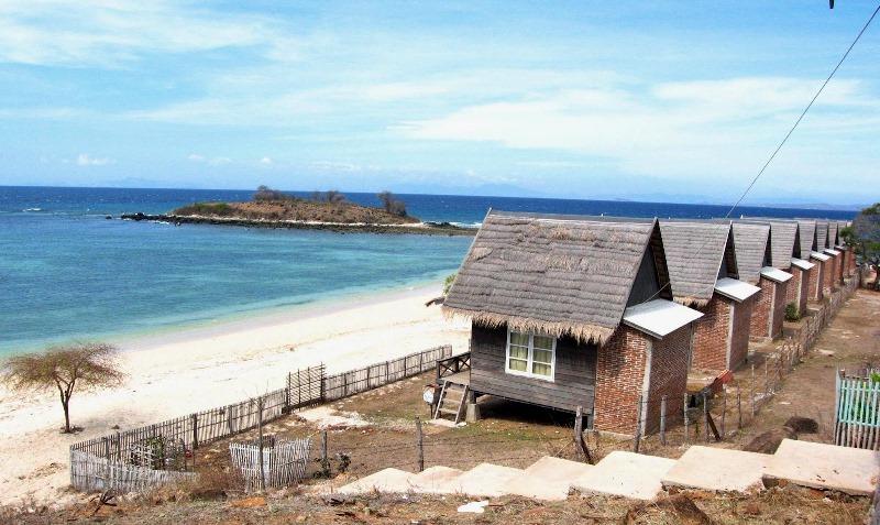 Tips Wisata Page 6 Liburan Hemat Menyenangkan Pantai Torowamba Terletak