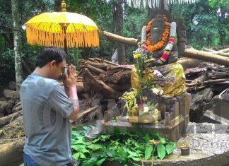 Koran Buleleng Dekat Kita Mengejutkan Patung Ganesha Tak Diamuk Bandang