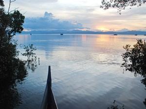 Daftar Tempat Wisata Indonesia February 2016 Taman Nasional Teluk Cendrawasih