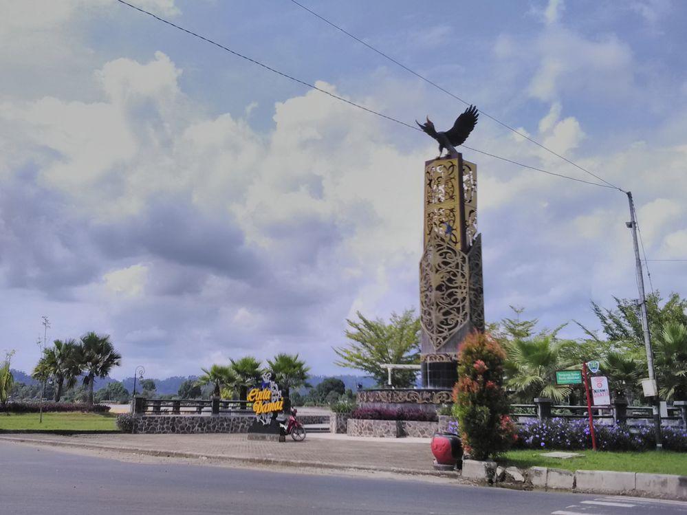 Local Guides Connect Tugu Cinta Damai Tanjung Selor Kabupaten Bulungan