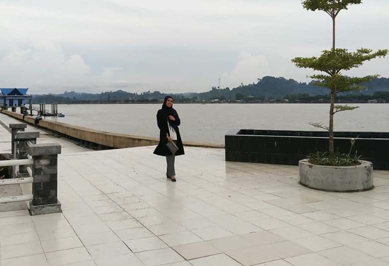Salam Tanjung Selor Taman Sungai Kayan Bulungan Kalimantan Latar Utara