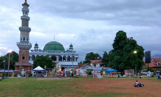50 Tempat Wisata Cilacap Jawa Tengah Keren Tempatku Alun Majenang