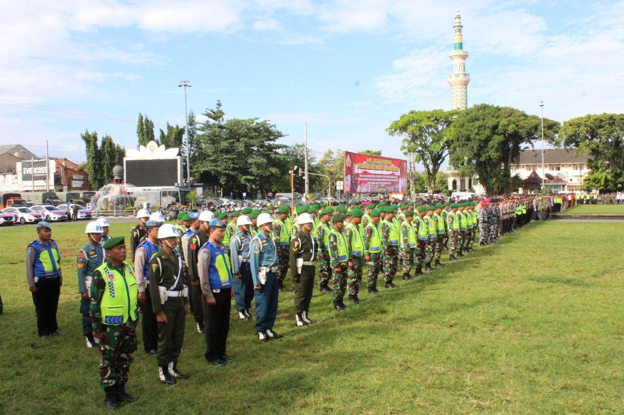 Prajurit Tni Polri Cilacap Gelar Pasukan Jelang Natal Operasi Lilin