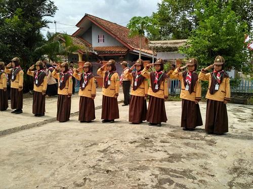 Barung Hijau Putri Min Pekuncen Melaju Tingkat Wilayah Kecamatan Kroya