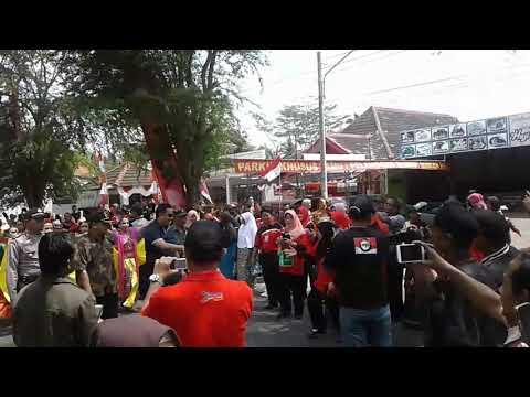 Bupati Cilacap Acara Pembukaan Festival Kemerdekaan Alun Kroya Kabupaten Kab
